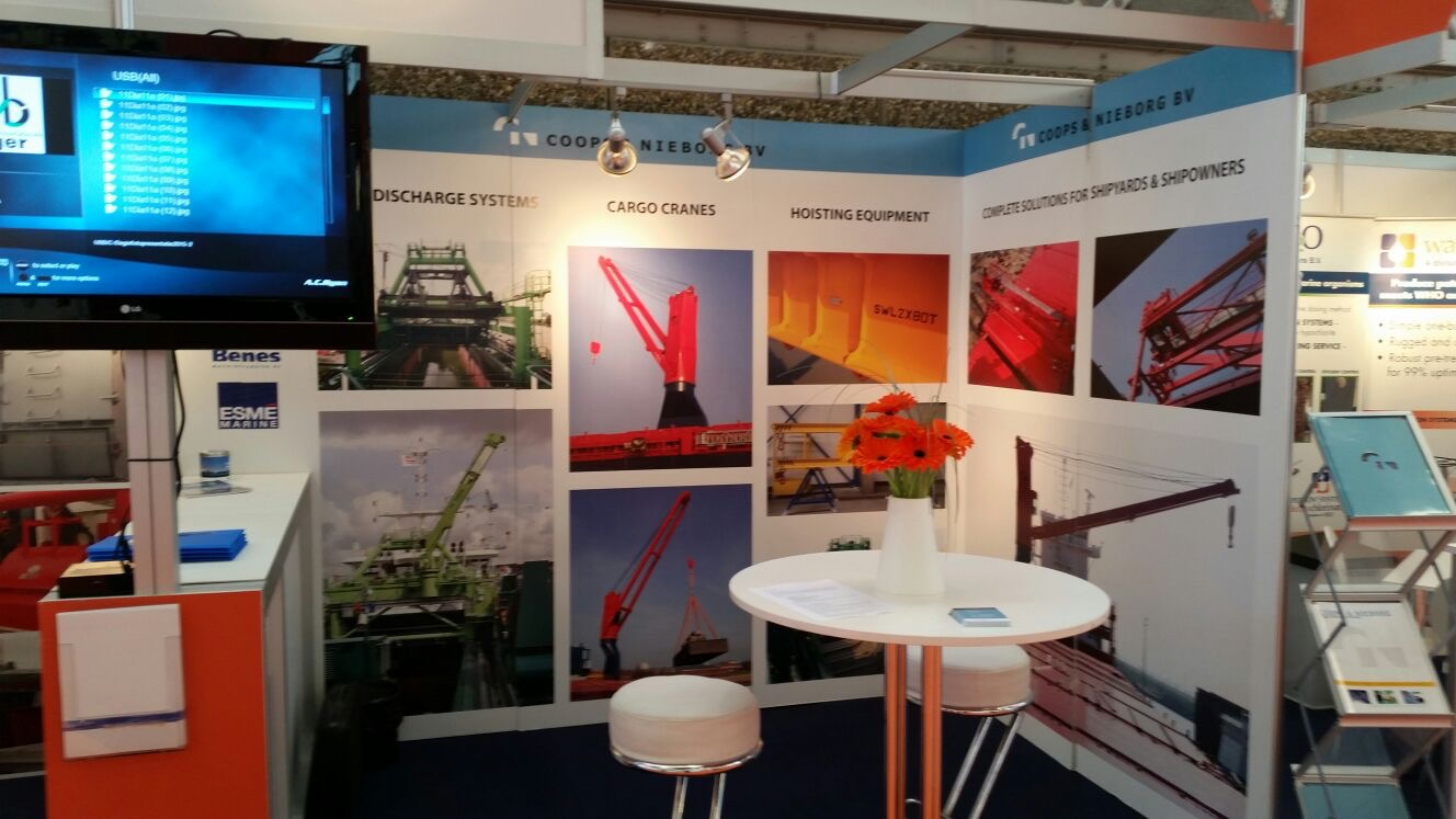 Cn hijstechniek op de offshore energy exhibition for Monteur de stand